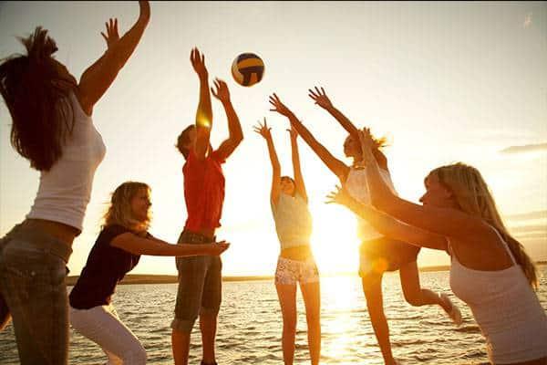 Figli adolescenti in vacanza da soli: consigli anti ansia ai genitori