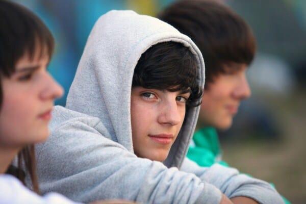 Come capire i figli adolescenti e aprirsi davvero al loro ascolto